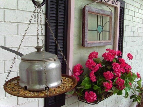 outdoor repurposed pot-bird feeder