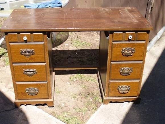 desk-before