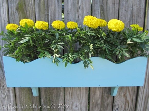 DIY Cornice flower box