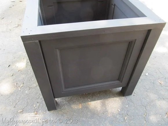 black easy planter