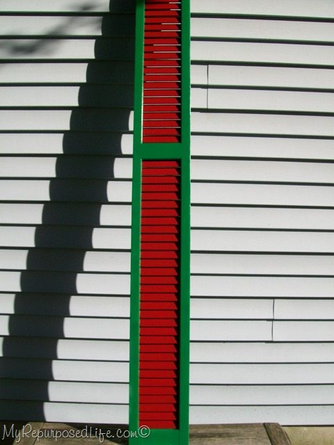 red-green-Christmas-shutter.jpg