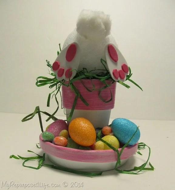 bottoms-up-Easter-bunny-pot