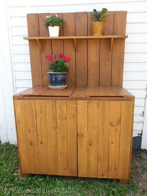 diy-potting-bench-built-from-scratch