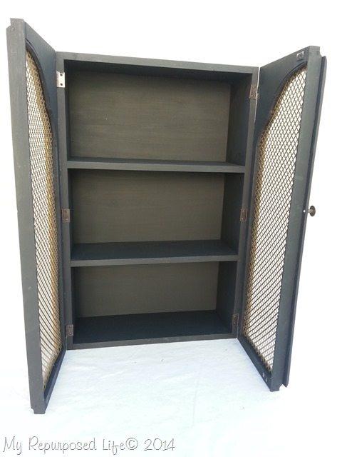 cabinet-art-deco-gold-doors