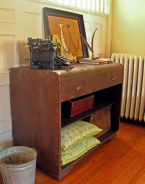 make-wooden-dresser-look-rusty