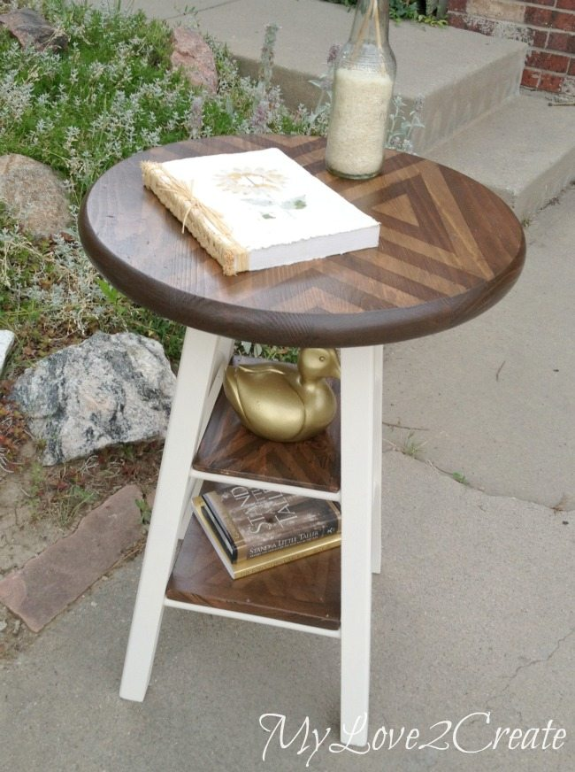 MyLove2Create, Stool turned side table