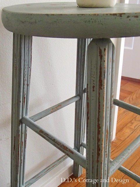 chippy-stool