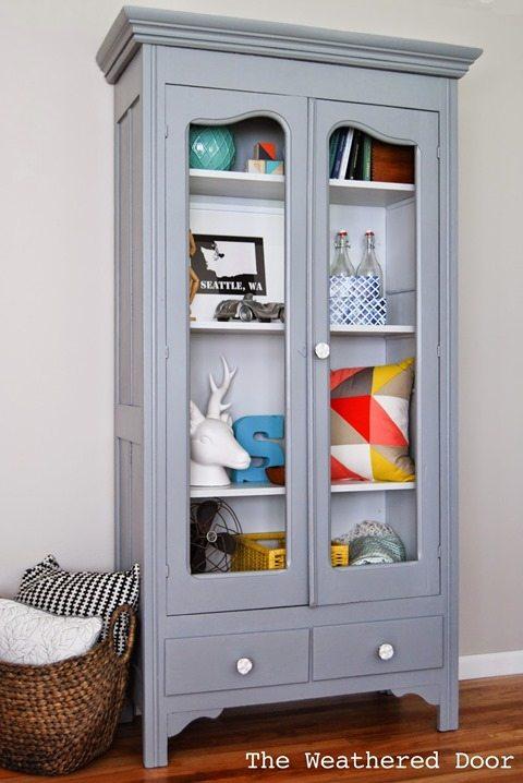 tone-on-tone-grey-cabinet