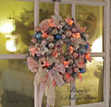 vintage-ormament-wreath