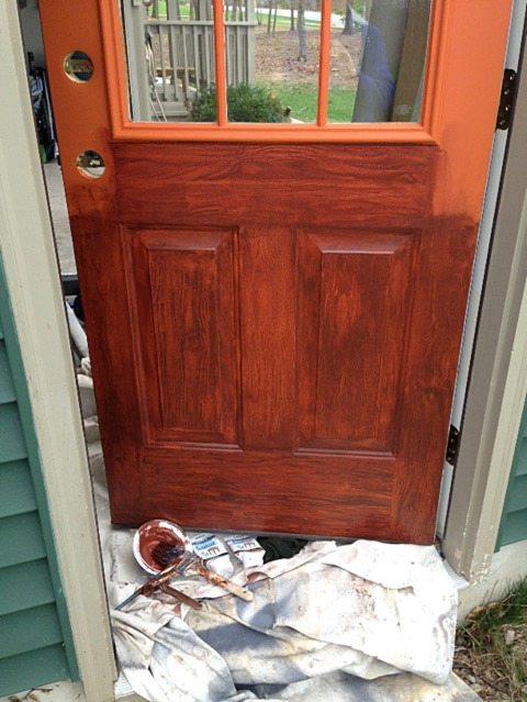 Applying-faux-woodgrain-door