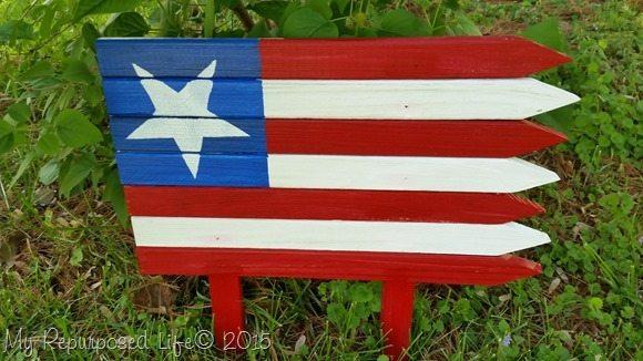 americana-flag-for-garden