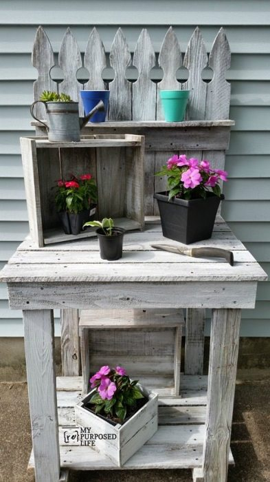 my-repurposed-life-picket-fence-potting-bench.jpg