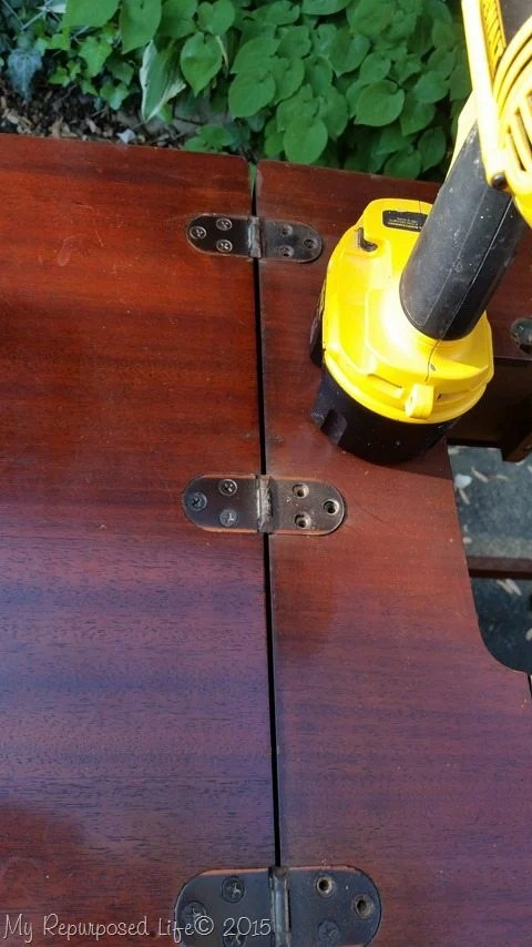 remove-hinges