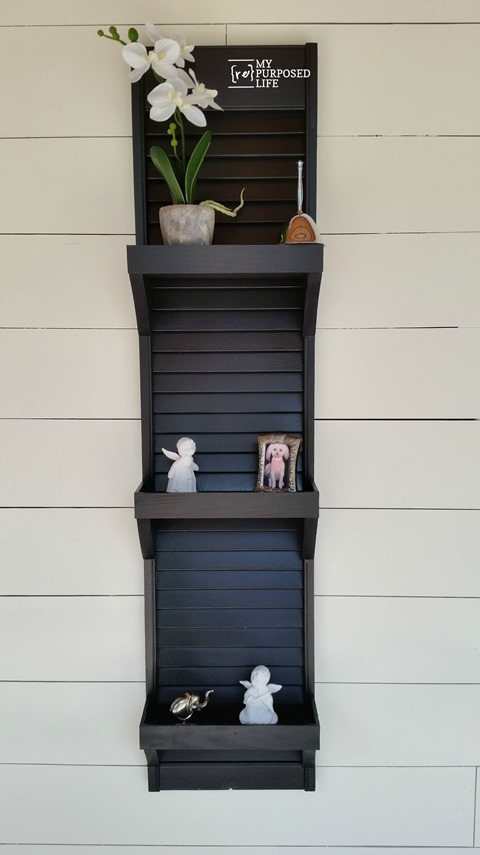 How to make a vertical shutter shelf using a reclaimed shutter or bi-fold door. Only a few scraps needed to complete the project. #MyRepurposedLife #shutter #shelf #diy #project #bi-fold #door via @repurposedlife