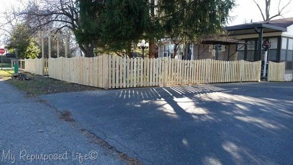 picket-fence-corner-2