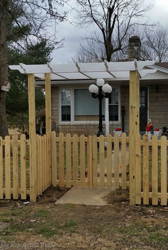 gates and arbor diy picket fence my repurposed life. Black Bedroom Furniture Sets. Home Design Ideas