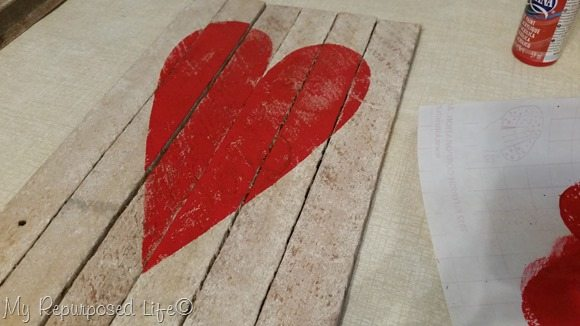 reclaimed-wood-valentine-heart-decor