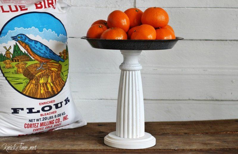 you can turn a pie plate into a pedestal stand Knick of Time for MyRepurposedLife.com
