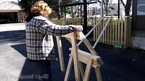 easy diy 2x4 stacking sawhorses MyRepurposedLife.com