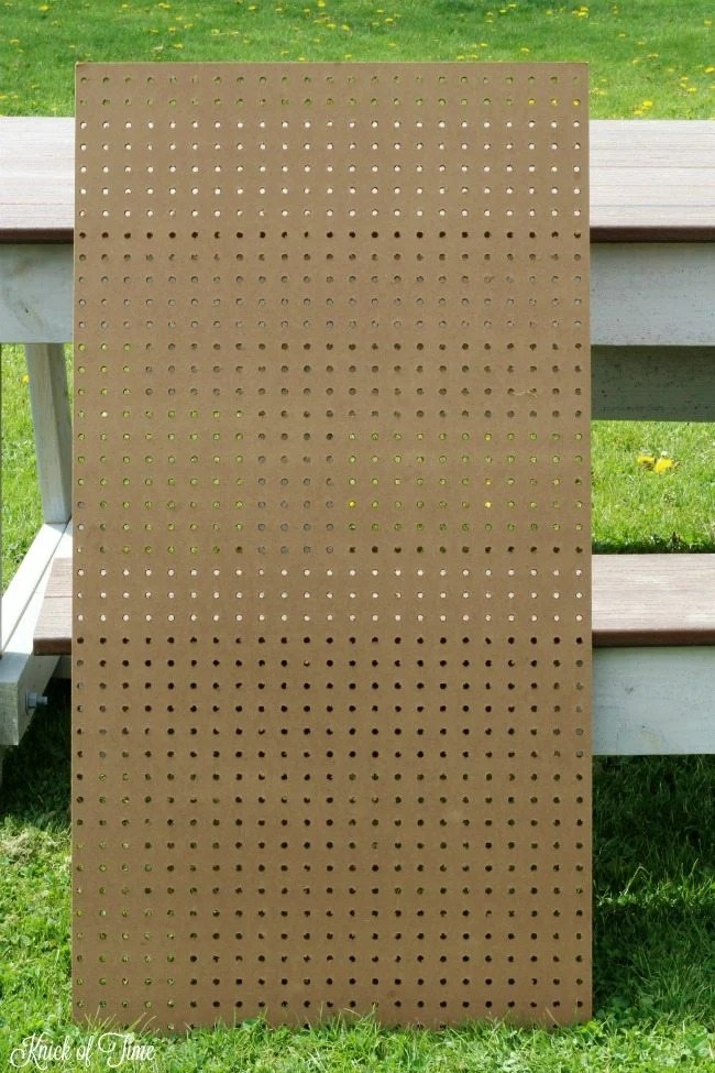 Pegboard 2 Knick of Time