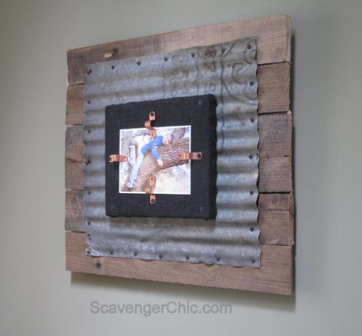 Corrugated Tin and Pallet Wood diy frame