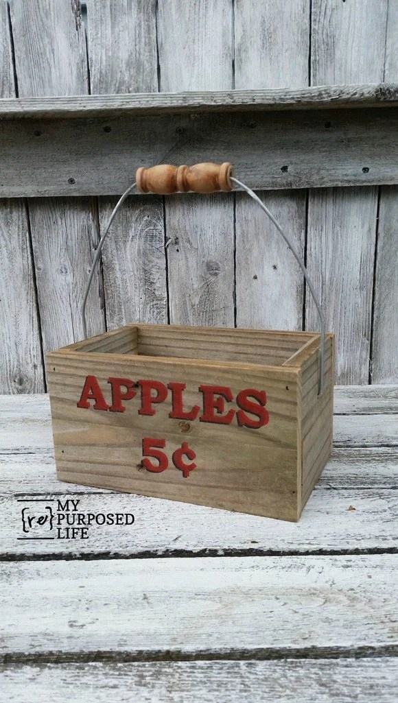 easy reclaimed wood apple caddy MyRepurposedLife.com