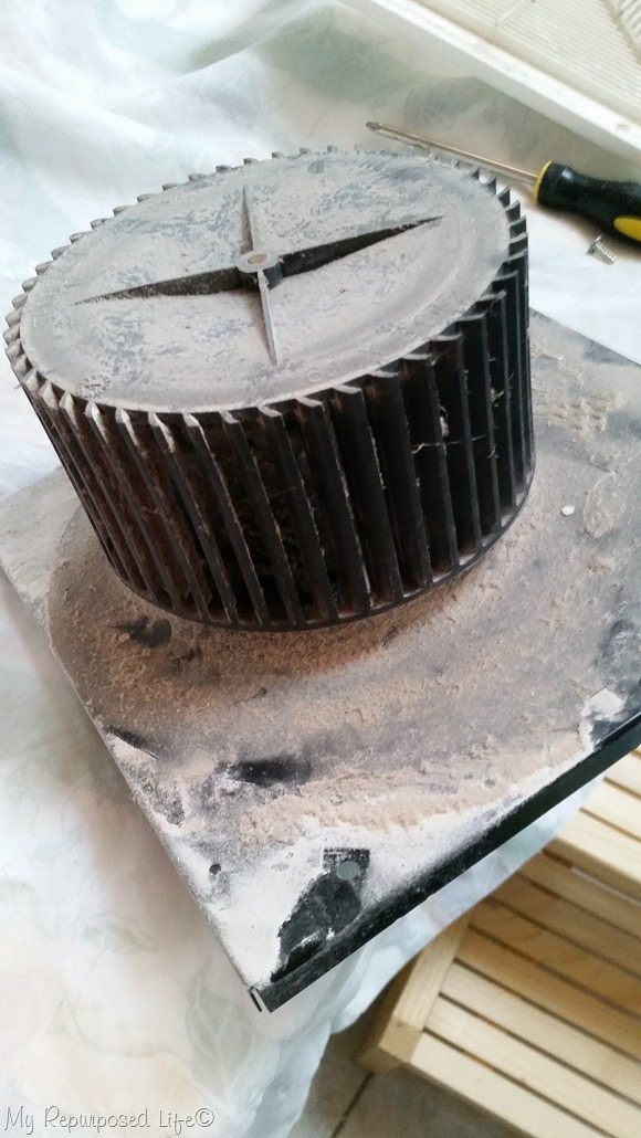 remove bathroom exhaust fan