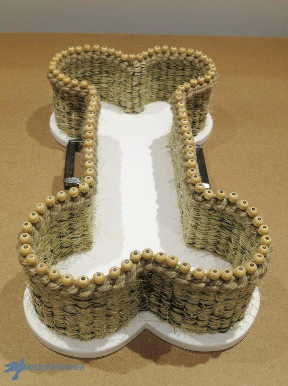 finished-diy-dog-bone-basket