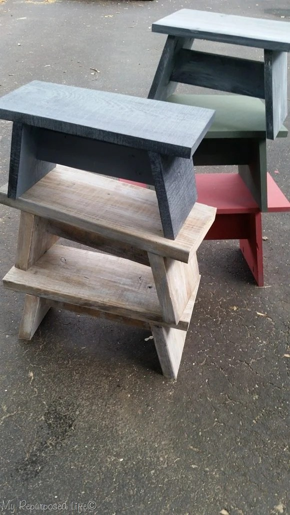 How to make useful one board stools, that are great for that top cupboard, for the grand kids, or an extra place to park your bum. Step by step directions. #MyRepurposedLife #repurposed #oneboard #stools #benches #easy #diy via @repurposedlife