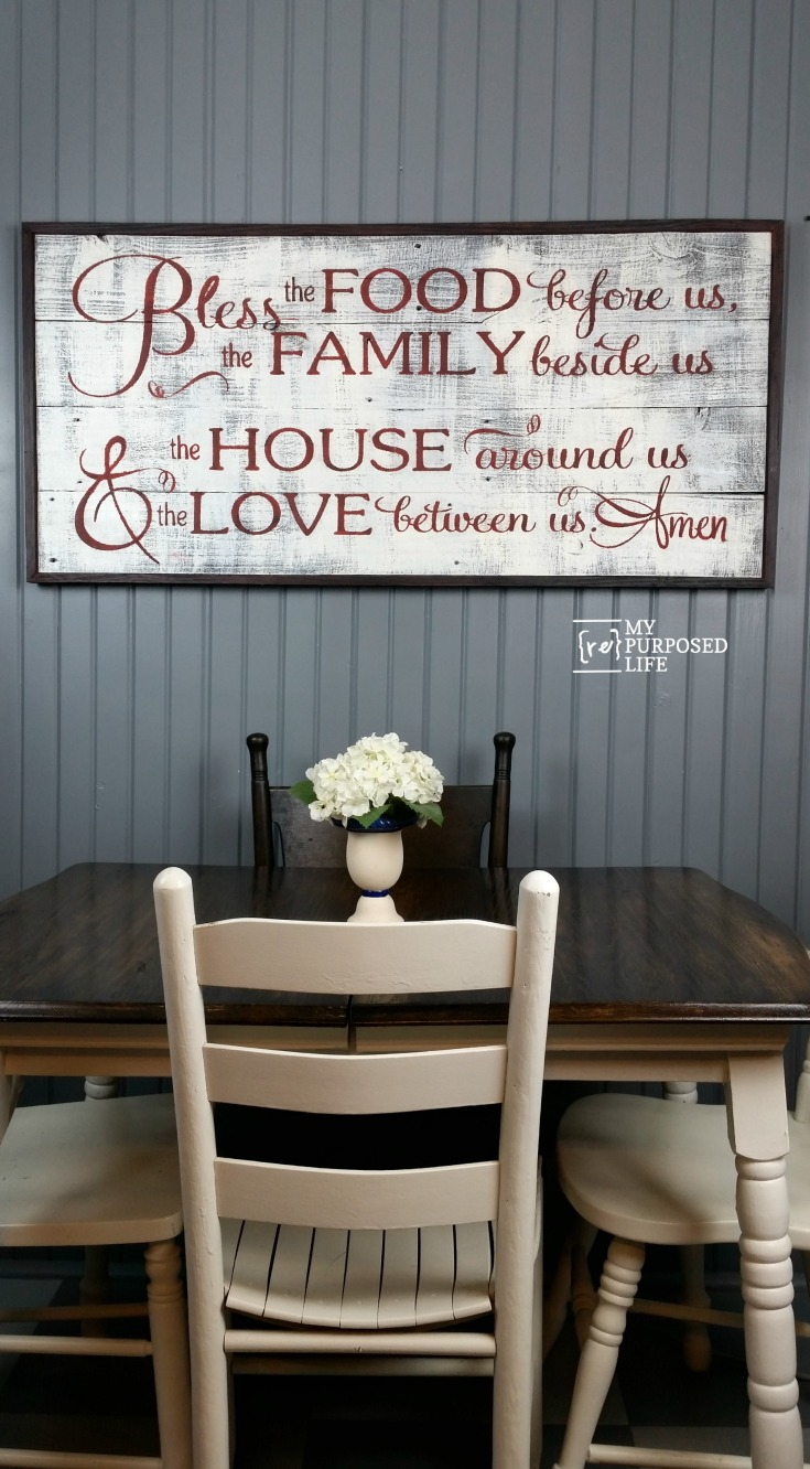 How to make a rustic sign using a contact paper stencil. Bless the Food before us, the Family beside us, the House around us and the Love between us. #MyRepurposedLife #repurposed #reclaimed #wood #sign #diy #rustic #blessthefood via @repurposedlife