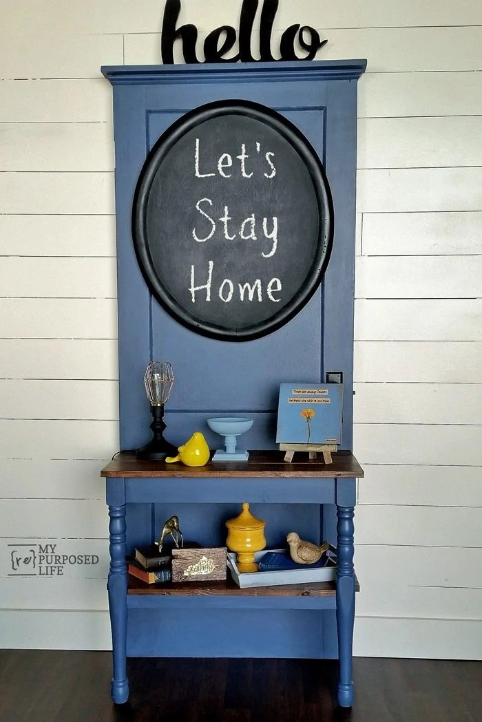 Making a DIY Entry Table out of an old door and table legs is a great weekend project. Entry way tables are very functional and pretty for your home decor. #MyRepurposedLife #repurposed #entrytable #door #table via @repurposedlife