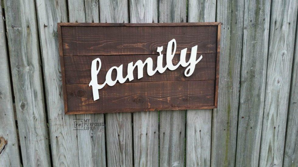 rustic family framed sign MyRepurposedLife.com