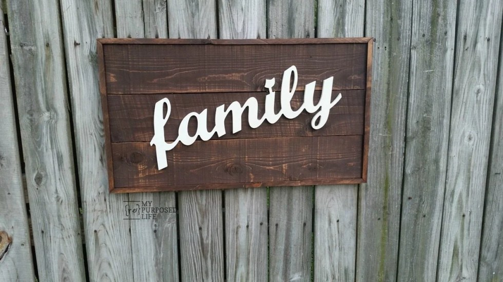 rustic family framed sign MyRepurposedLife.com
