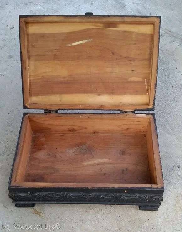 small cedar keepsake box