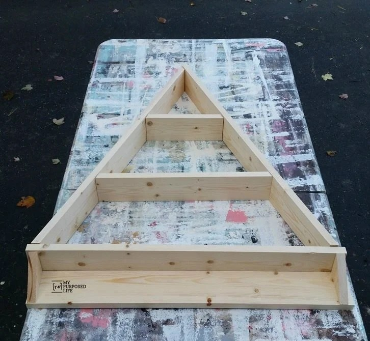dry fit holiday diy tree shelf MyRepurposedLife
