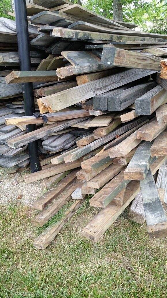free-weathered-fencing