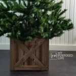 Christmas Tree Stand Box | Folds Flat for Storage