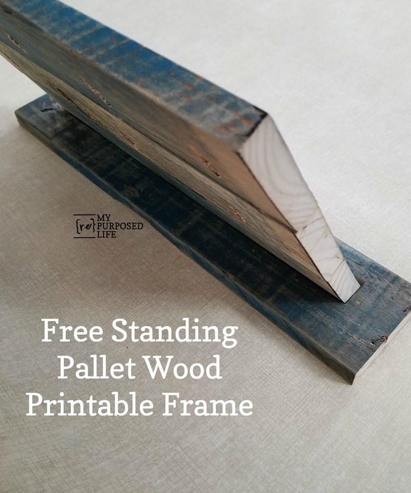 how to make a free standing pallet wood frame MyRepurposedLife.com
