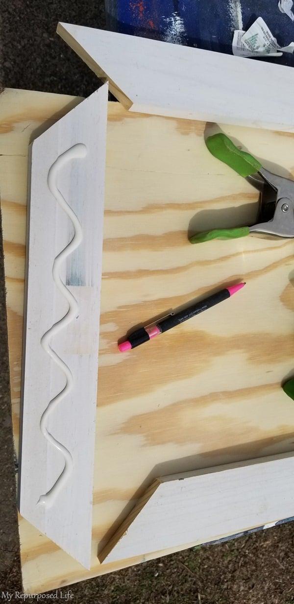 mitered corners for closet door trim
