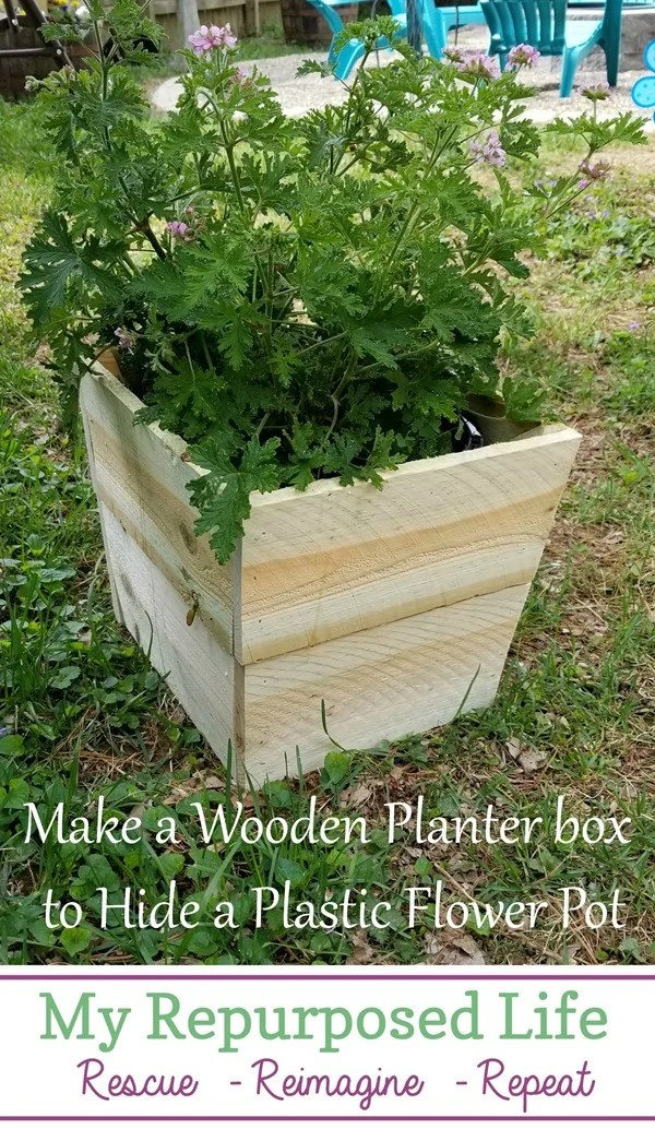 make a wooden planter box to hide a plastic flower pot MyRepurposedLife
