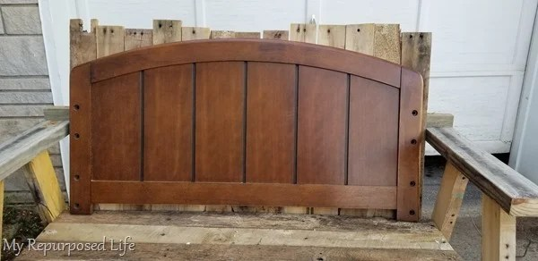 use twin headboard as a pattern for arch design