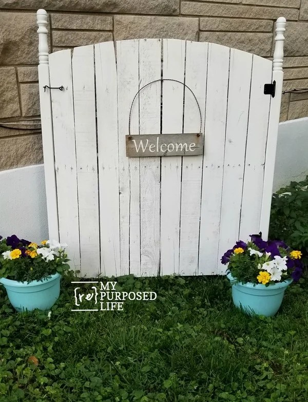gas meter cover that eyesore with a faux garden gate MyRepurposedLife