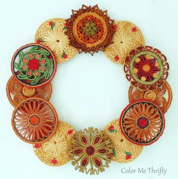 Repurposed-vintage-wicker-trivet-wreath