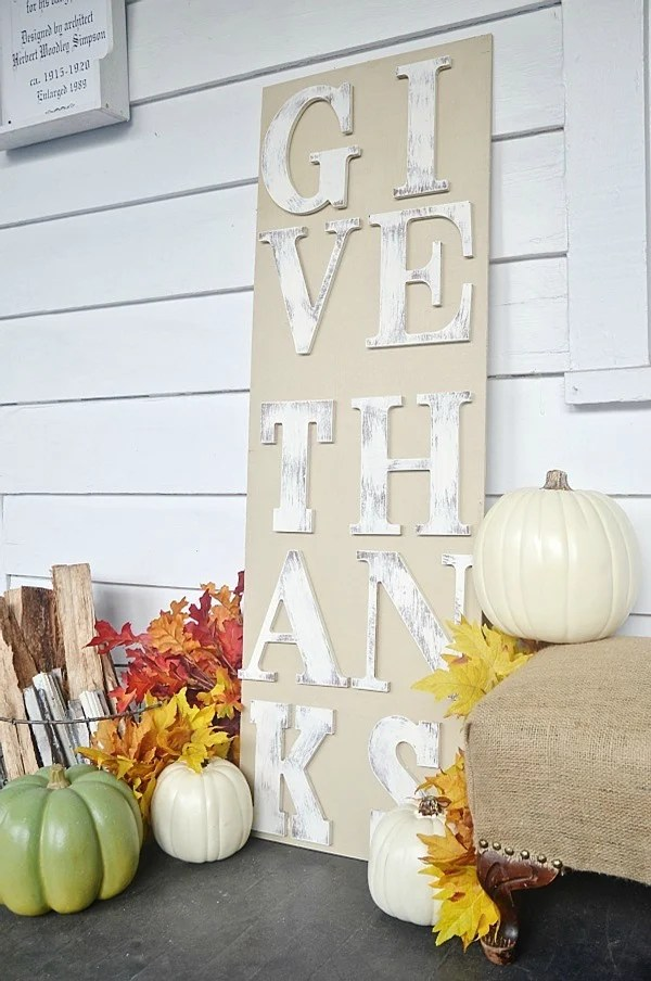 rustic fall sign Give Thanks