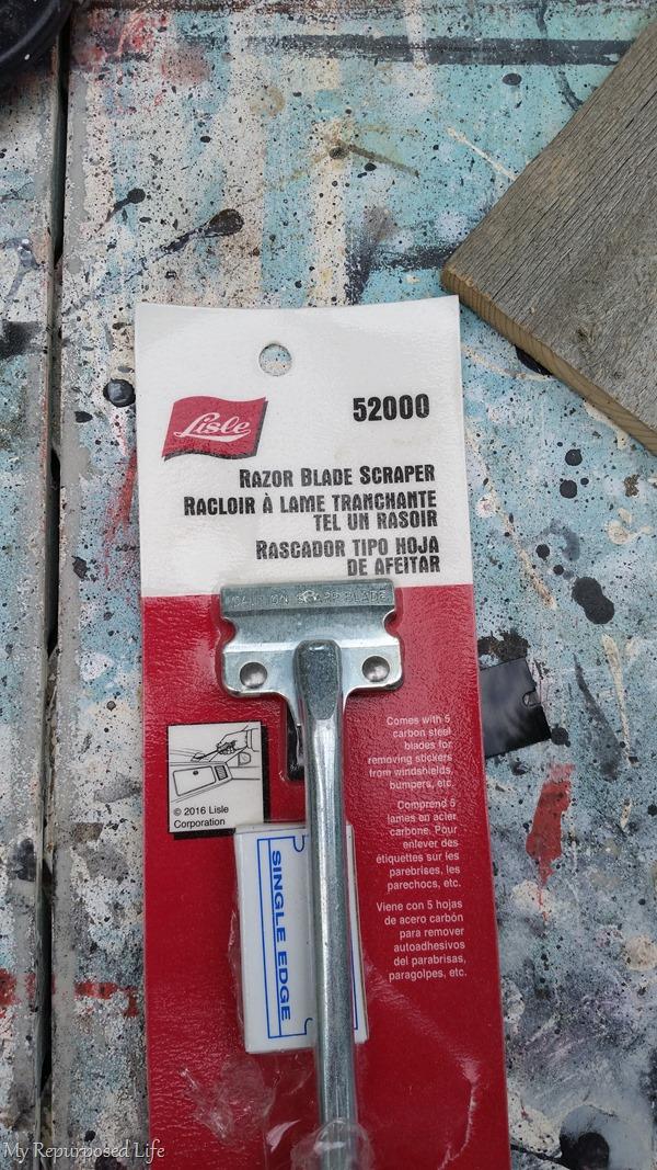 razor blade paint scraper
