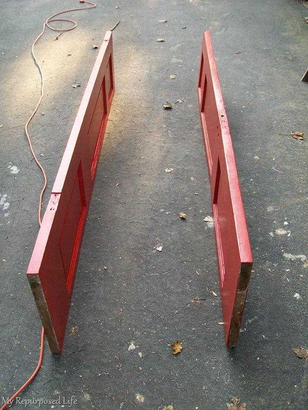 how to make a repurposed door bookshelf