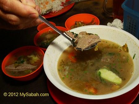 pig liver soup (猪肝咸菜汤)