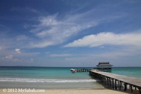 jetty of Pulau Tiga Resort