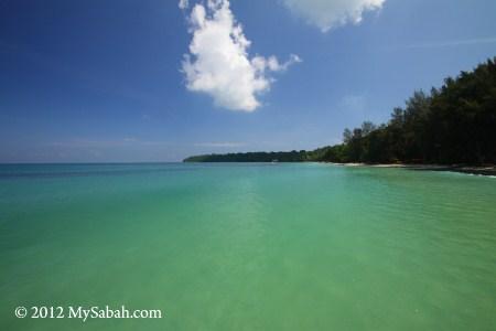 sea of Pulau Tiga, Survivor Island