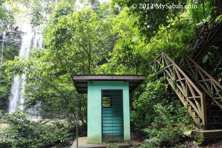 Madai Waterfall picnic site